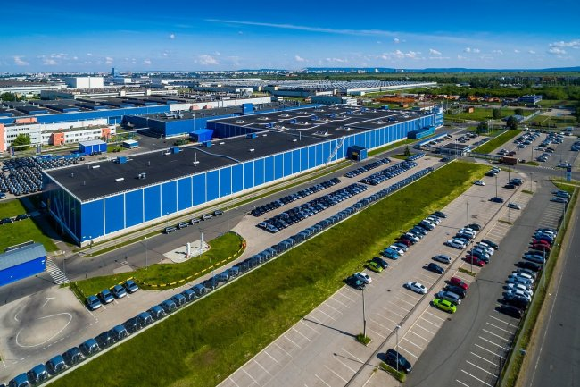 150617643719awmucgljcy5saxzlam91cm5hbc5jb20vemrvcm92cy8xnjyynzg0ni83njm4mdcvnzyzoda3x29yawdpbmfslmpwzz9fx2lkptk4mjg1 - Фото завода автоваз в тольятти
