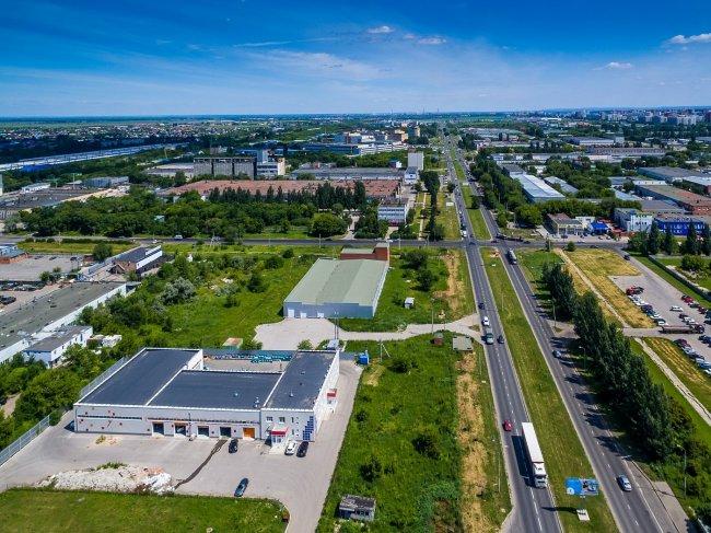 150617647339awmucgljcy5saxzlam91cm5hbc5jb20vemrvcm92cy8xnjyynzg0ni83nzewodevnzcxmdgxx29yawdpbmfslmpwzz9fx2lkptk4mjg1 - Фото завода автоваз в тольятти