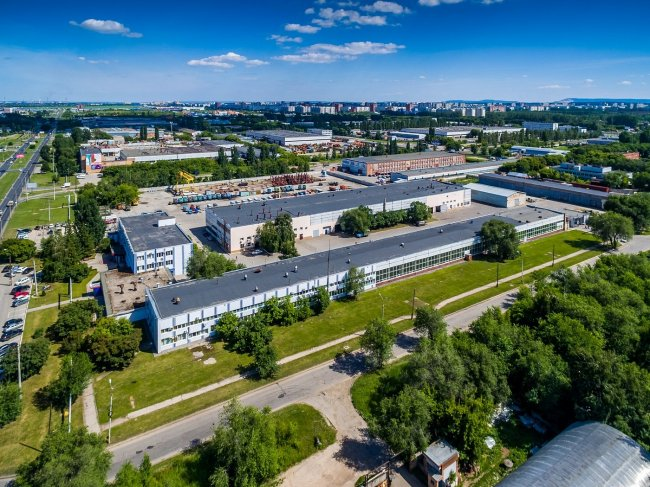 150617648043awmucgljcy5saxzlam91cm5hbc5jb20vemrvcm92cy8xnjyynzg0ni83nja2nzkvnzywnjc5x29yawdpbmfslmpwzz9fx2lkptk4mjg1 - Фото завода автоваз в тольятти